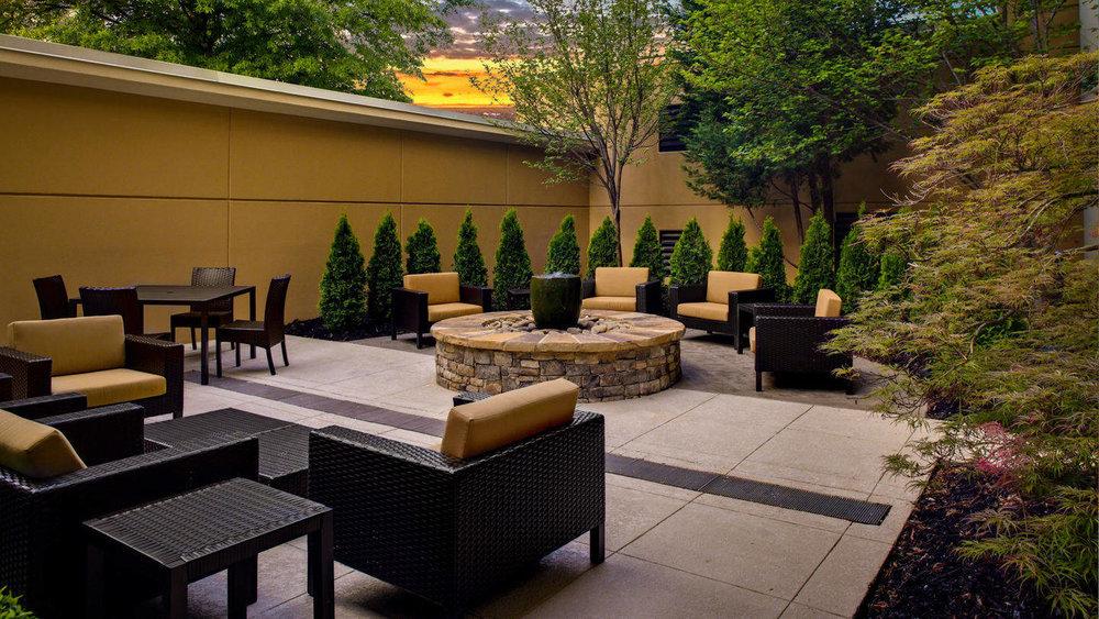 atlcb-courtyard-0041-hor-wide.jpg
