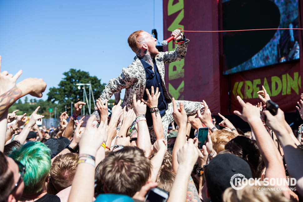 Here's Frank Carter demonstrating the sort of thing you WON'T see happening at the Glastonbury main stage that you would at other festivals in the UK.