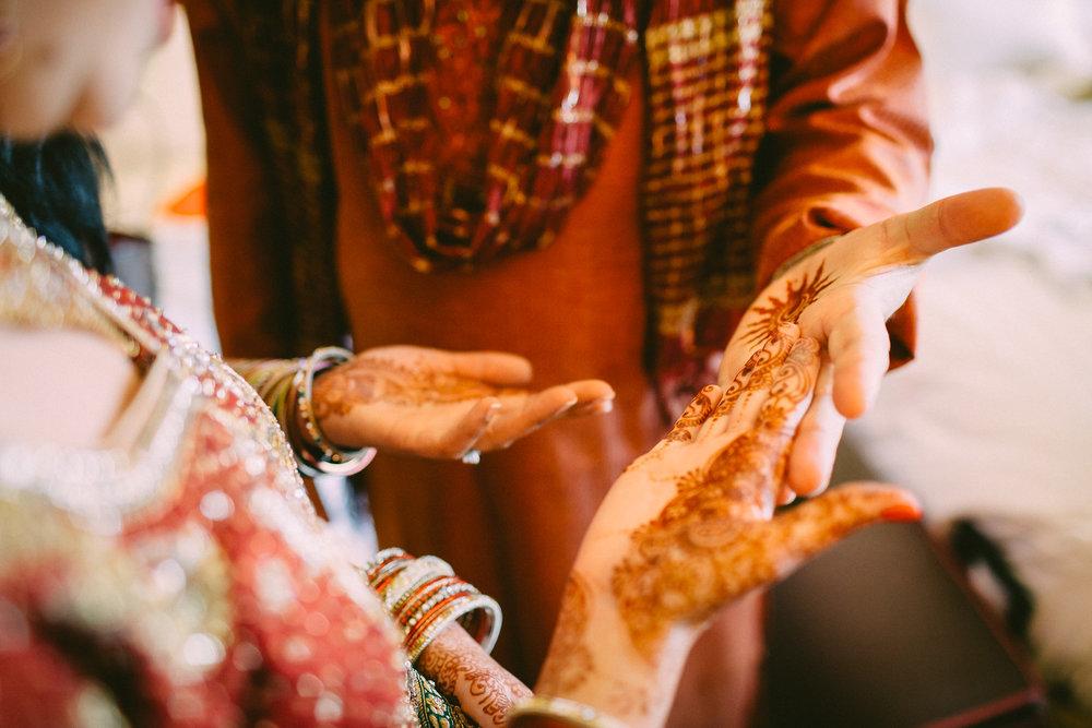 Nina-Ravi-Wedding-AM-20140705_08_50_23-1DX_1574-X3.jpg