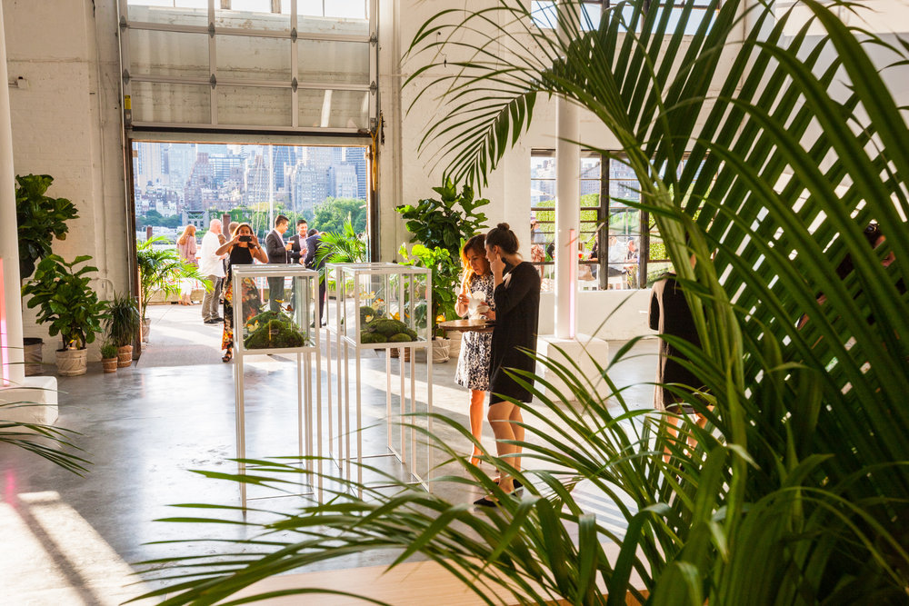 Sound River Studios  is a new warehouse/gallery event venue on the Long Island City waterfront. This high-ceiling raw space is a blank slate, ideal if you're looking to create custom events and reflect personal style.