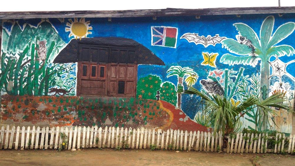 Mural on a classroom at the E.P.P. Kianjavato.