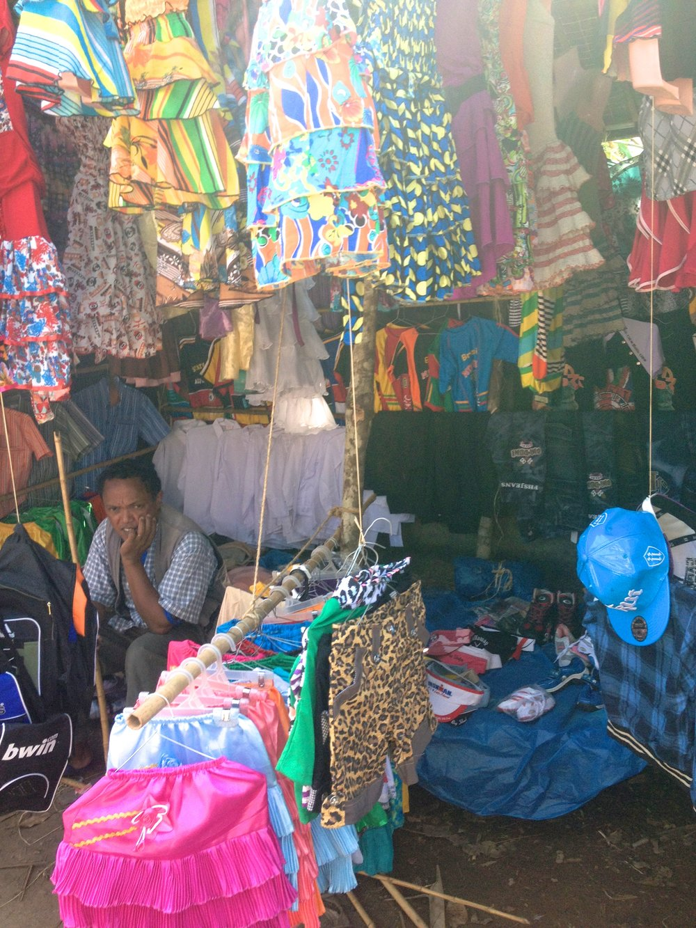 Clothing stand at the Kianjavato market.