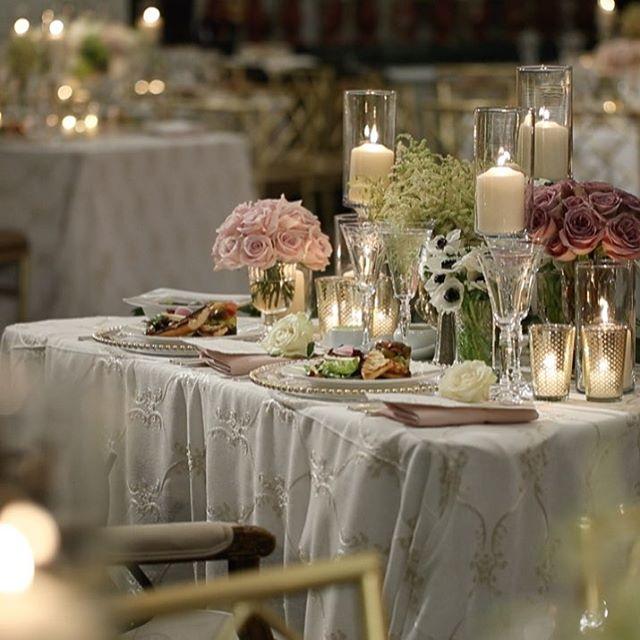 Table for two please 🥂📽 @timelinecinema 🌸 @nancy_kaye 💕 . . #bride #groom #wedding #mazeltov #ido #planner