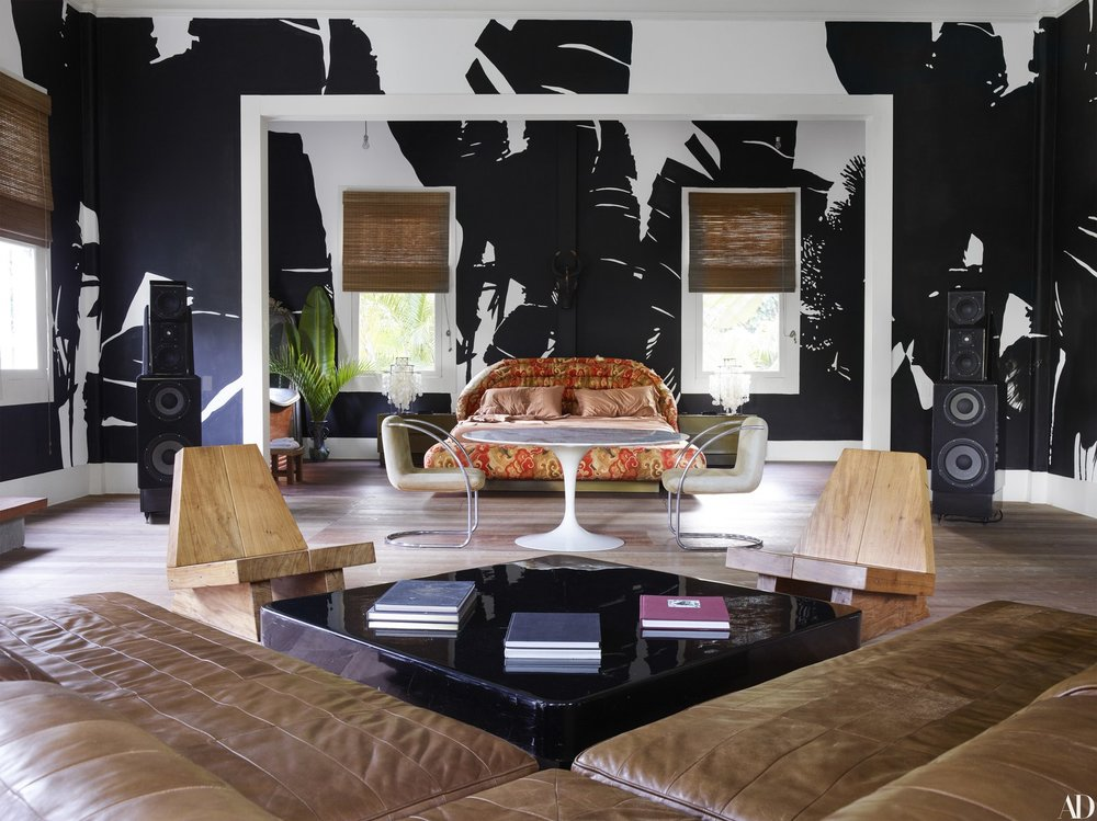 Via  Architectural Digest  | Photography by Simon Upton | Styling by Kirsten Mattila