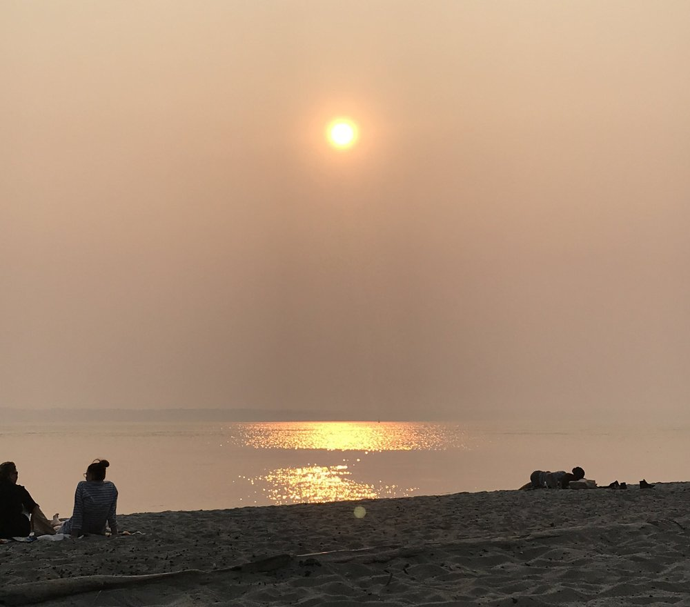 Smokey sunsets... - have been the norm lately. It's been a tough summer of wildfires in the Pacific Northwest. Vancouver, Canada has been battling some intense fires and the smoke has drifted down over Seattle. It's causing the sun to look as though it's an orangish-red blazing ball in the sky. Through all this, we've still been trying to get outside and enjoy summertime activities like beach barbeques.This french rose is a perfect balance of fruit and citrus. With just the right amount of dry and sweet, I would peg this is an every day, great bang for your buck, rose.