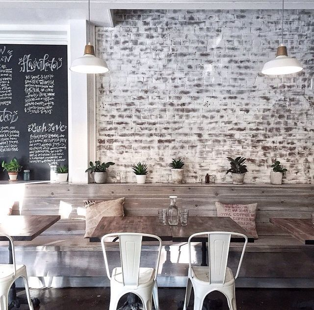 303acb90835fb1fb66eec92b7e67f83f--café-restaurant-exposed-brick-restaurant.jpg