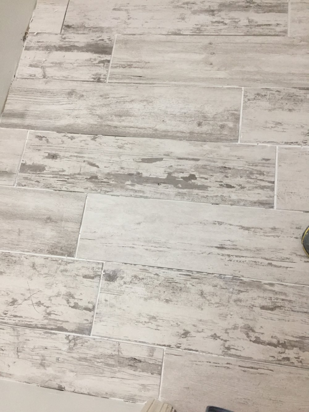 HALL BATH: Flooring