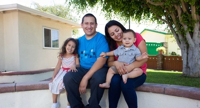 slidersimmons_st_chavez_family_14_of_14-400x0.jpg