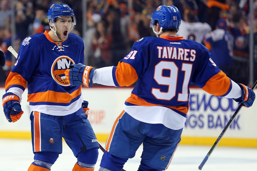 9257025-john-tavares-ryan-pulock-nhl-stanley-cup-playoffs-florida-panthers-new-york-islanders.jpg