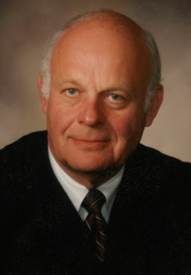 Justin Quakenbush '47 Federal Judge