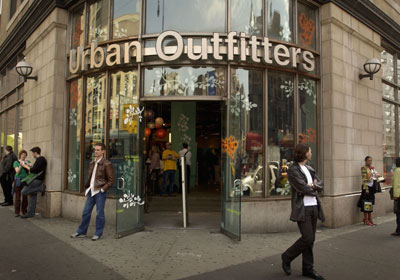 stores_Urban-Outfitters_02