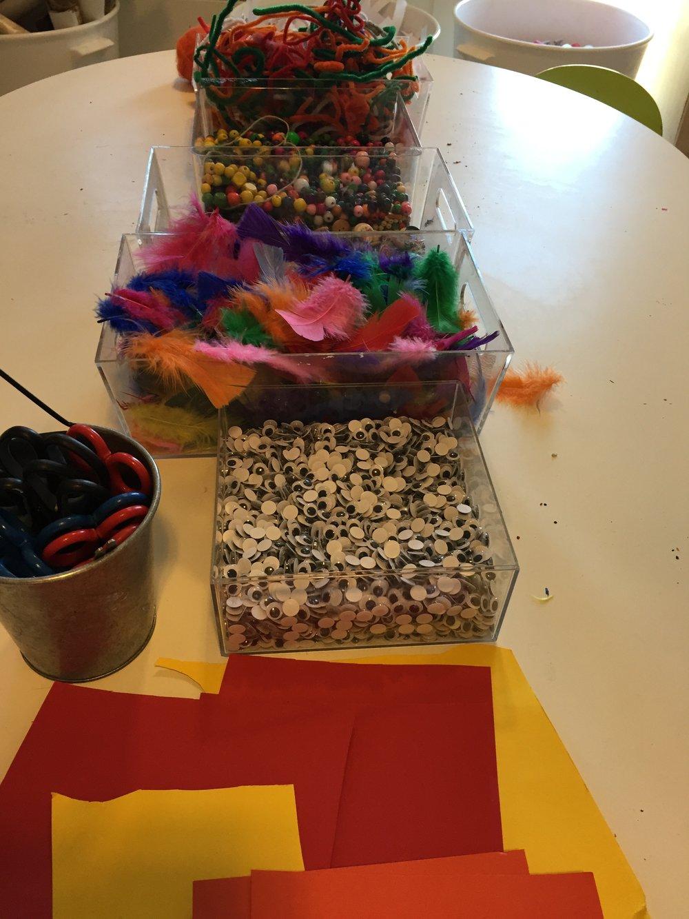 Vi møtte barnas initiativ ved å tilrettelegge for et påskeverksted etter turen.