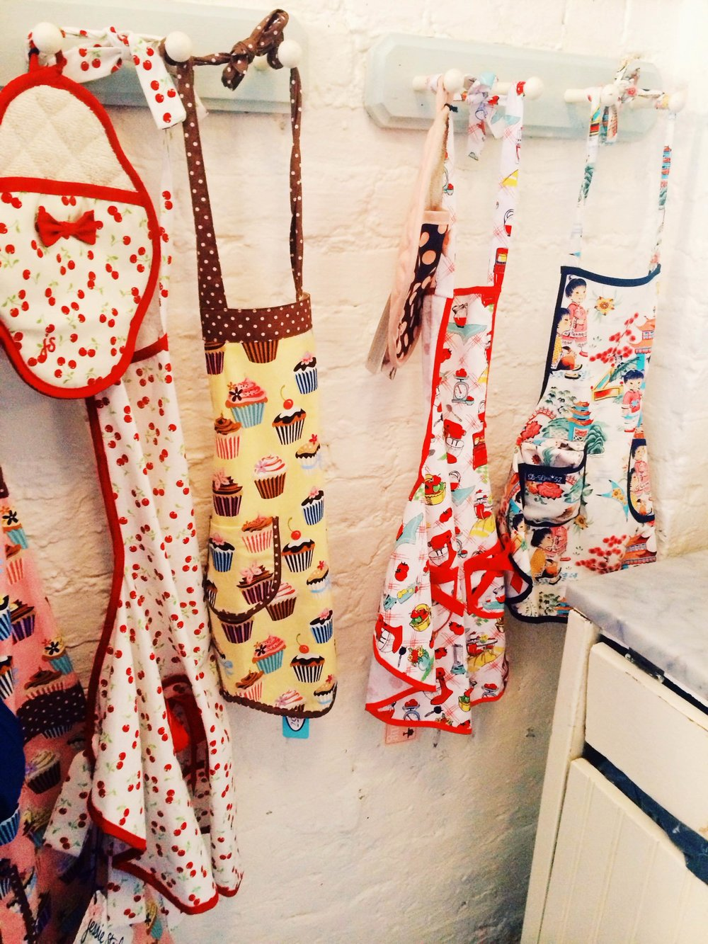 The-Cutest-Aprons.jpg
