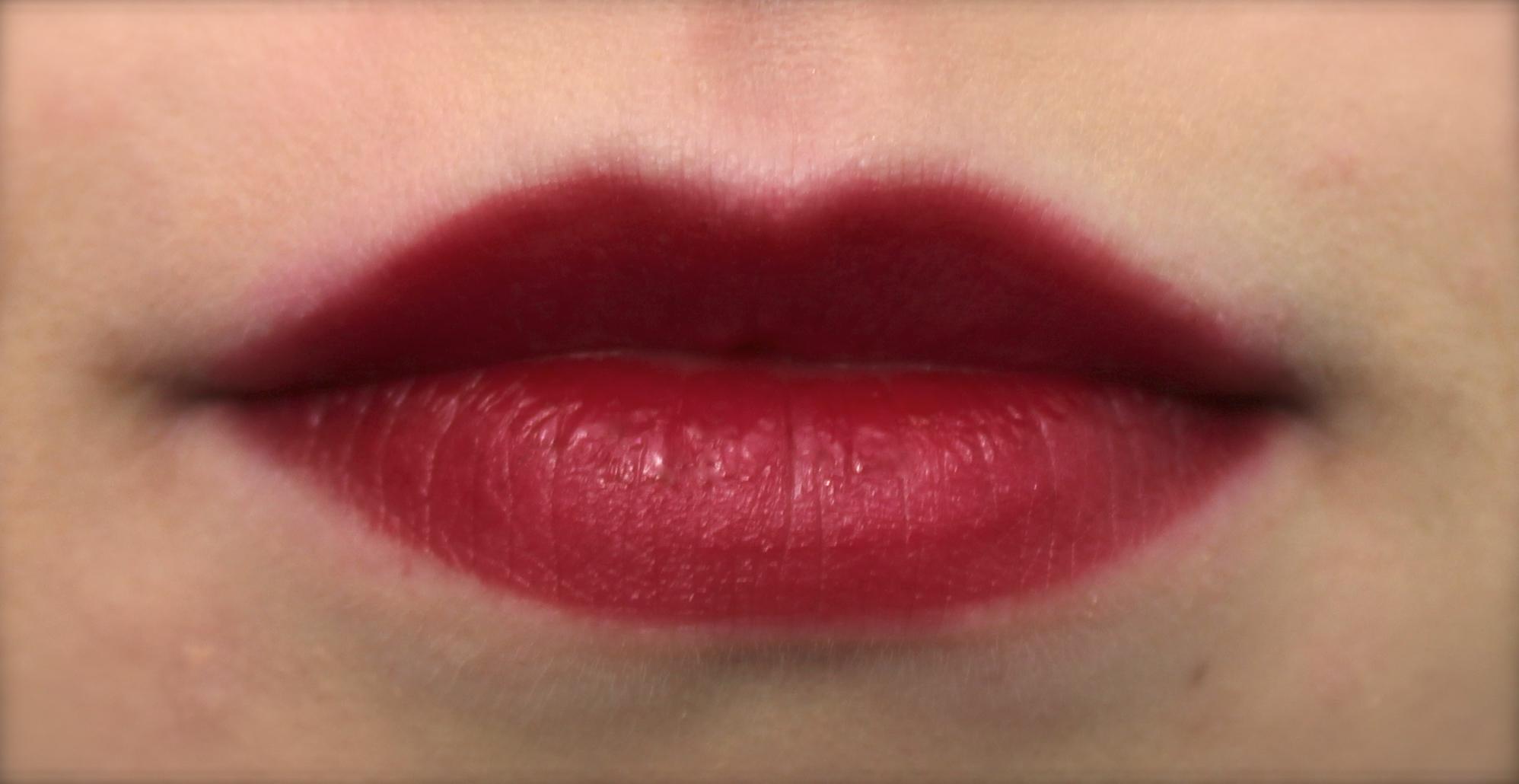 Sleek Lipstick in Cherry