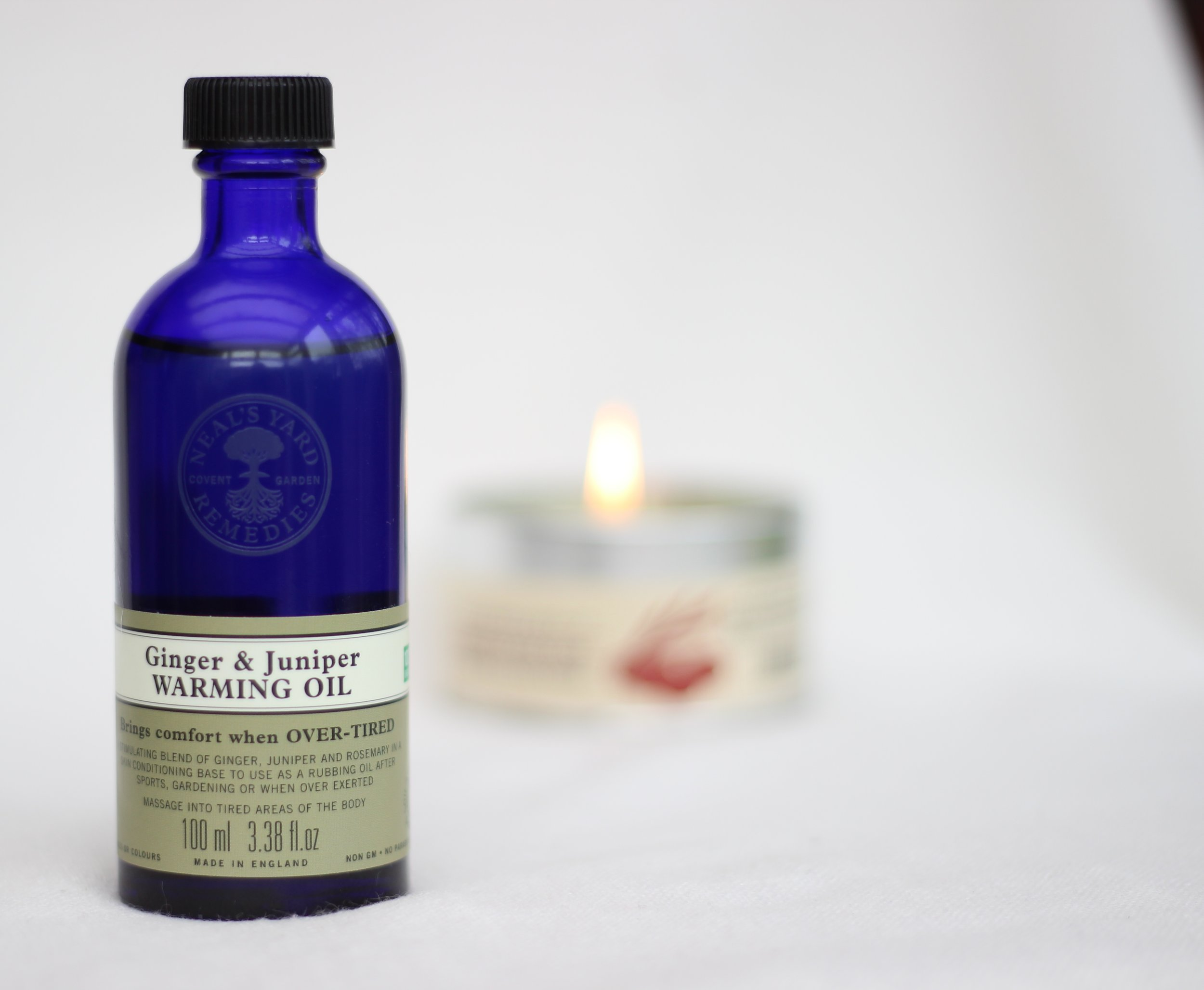 Neals Yard Ginger & Juniper Warming  Oil | Pink Elephant Blog