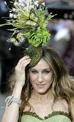 SJP knows how to work a hat!