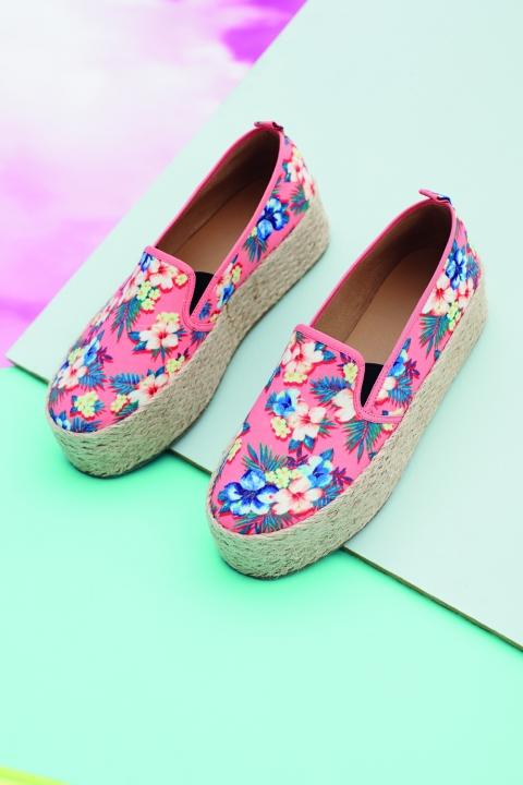 Pnneys Floral Slip On Shoes_SpringSummer_lookbook_