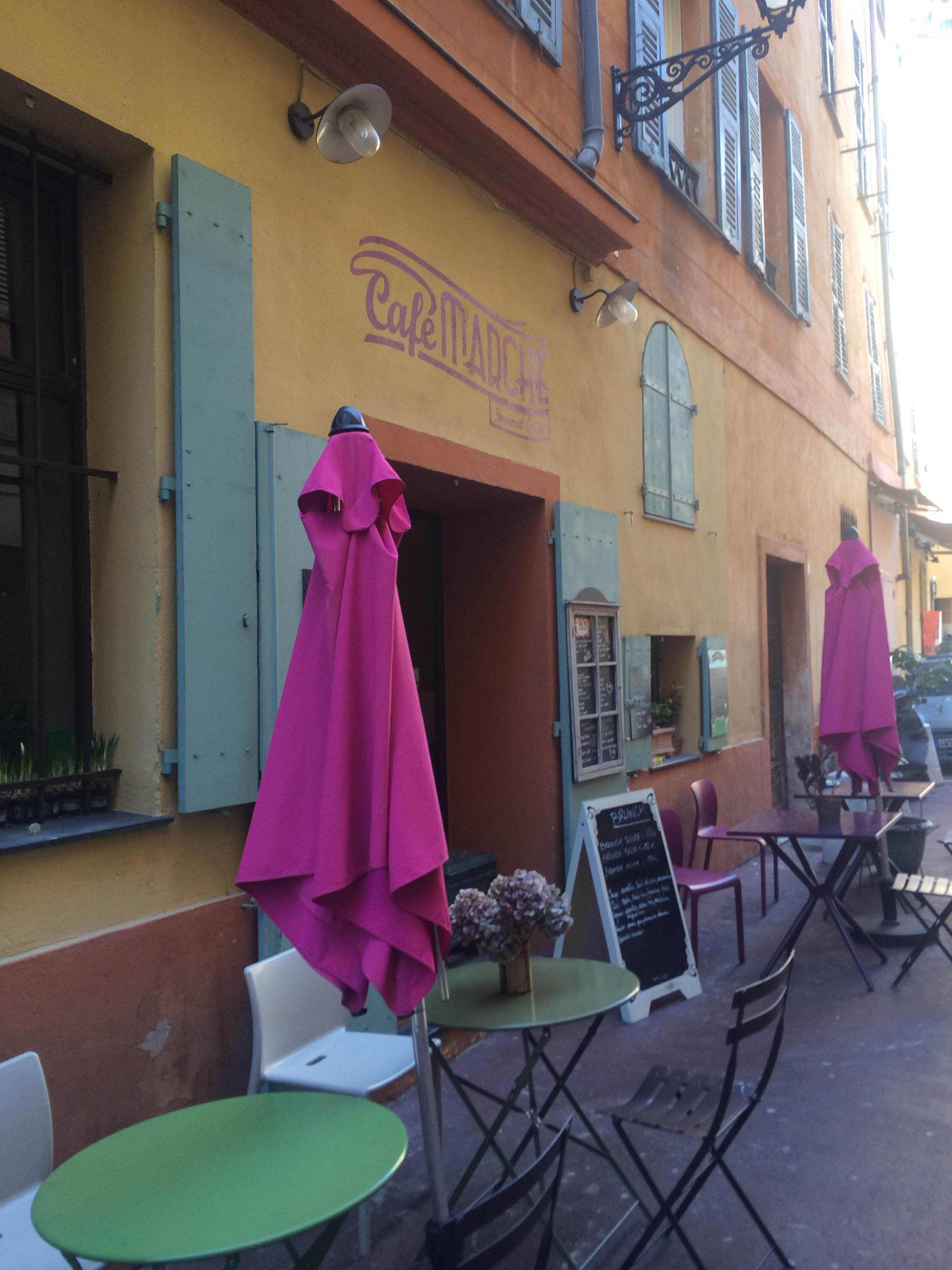 Cute Cafes dotted around the Old Town