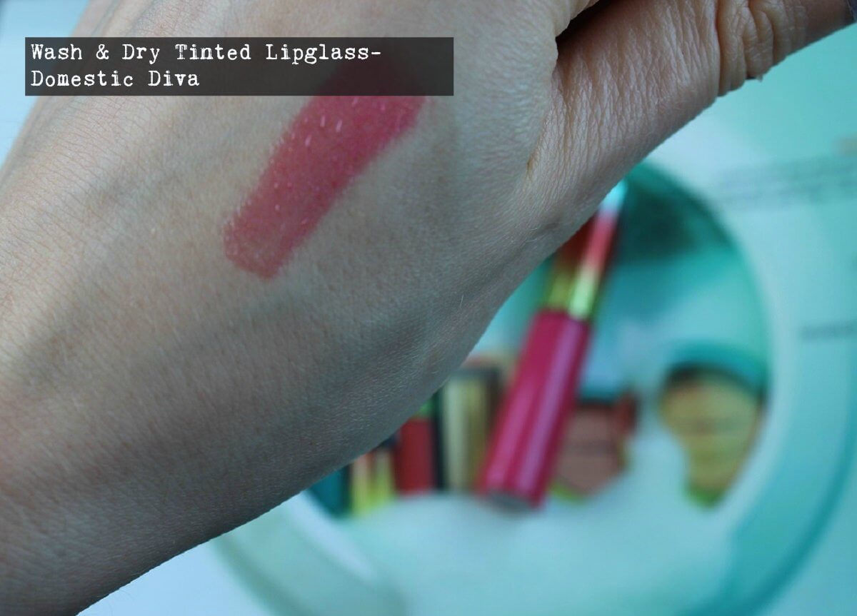 Wash & Dry Lipglass in Domestic Diva