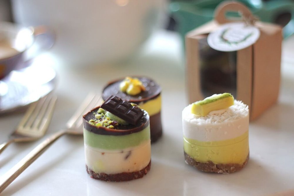 Goodness Gracious! We Found The Cakes That Are Good For You! Raw, Vegan, Paleo Cakes that are incredibly tasty! They come in amazing flavours, one of our favourites is Chcolate & Saletd Caramel! | Pink Elephant Blog.