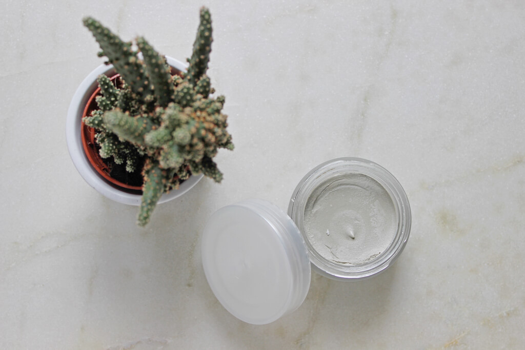 Voya Face Mask: Glowing Skin From The Depths Of The Sea | Pink Elephant Blog.