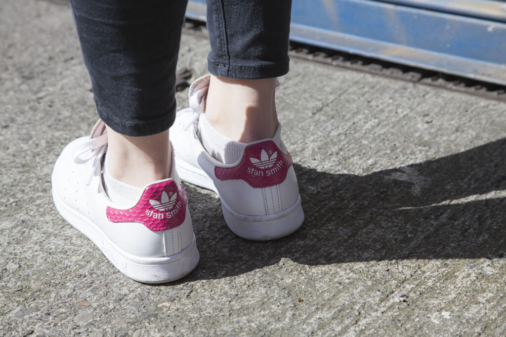 Outfit: Bomber Jacket + Adidas Stan Smiths