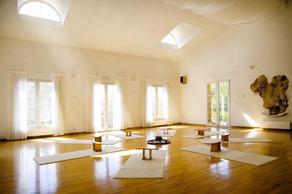 yoga-studio-2-1024x682.jpg