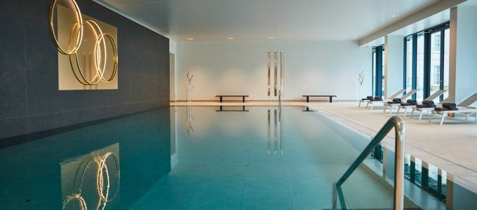 4a-linked-image-indoor-pool-4.jpg