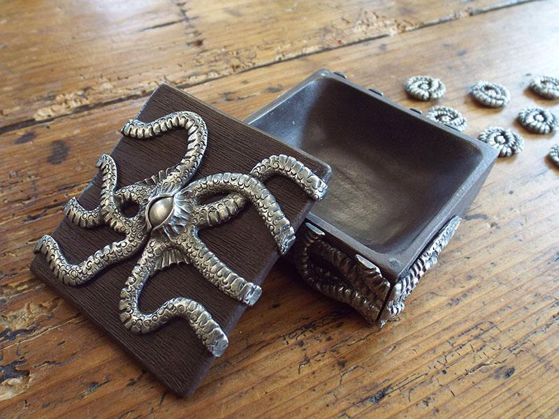 Cthulhu Token Box