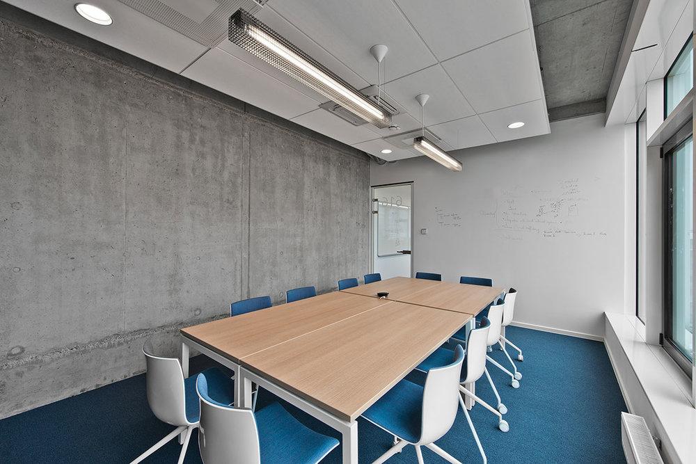 Grid - Fixture: Grid pendant.Project: Adform, Vilnius.Architect: Laika Rumdesign, Denmark.