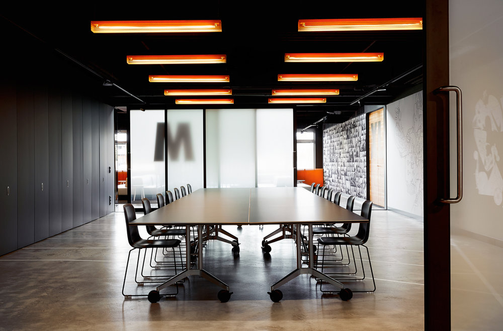 Grid  - Fixture:  Grid ceiling. Prodject: Nike the Netherlands.