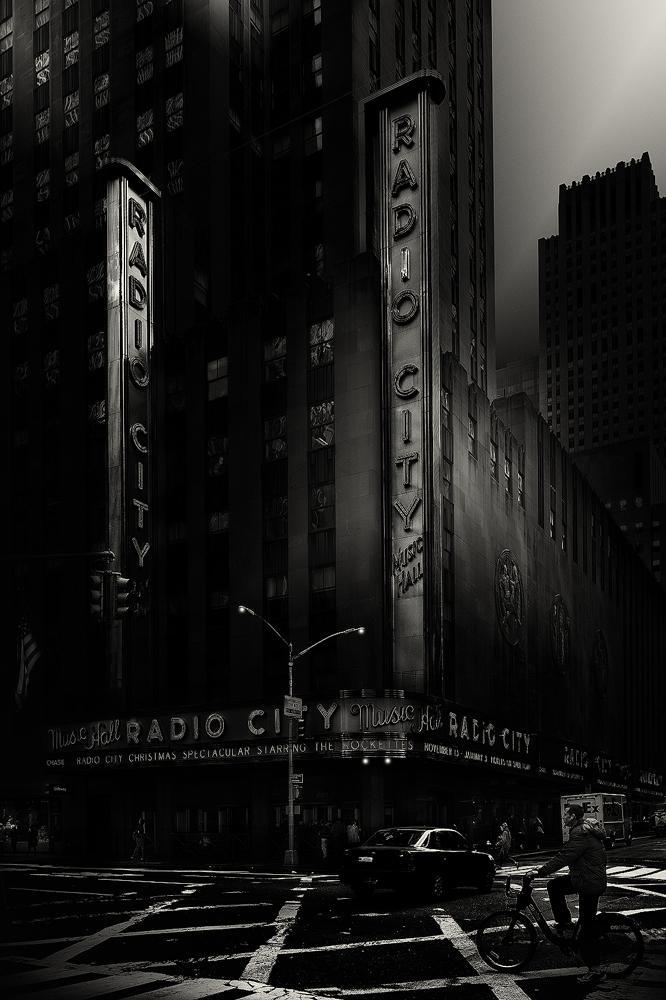 URBAN IV - Phenomenon, 2015, New York - Beyond Monochrome Exhibit
