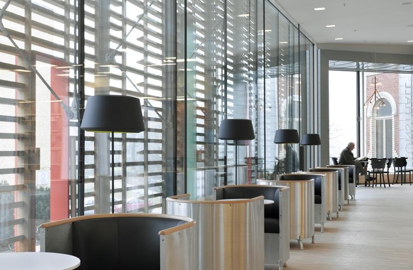 Can - Armatur: Can golv.Projekt: Varbergs Bibliotek.