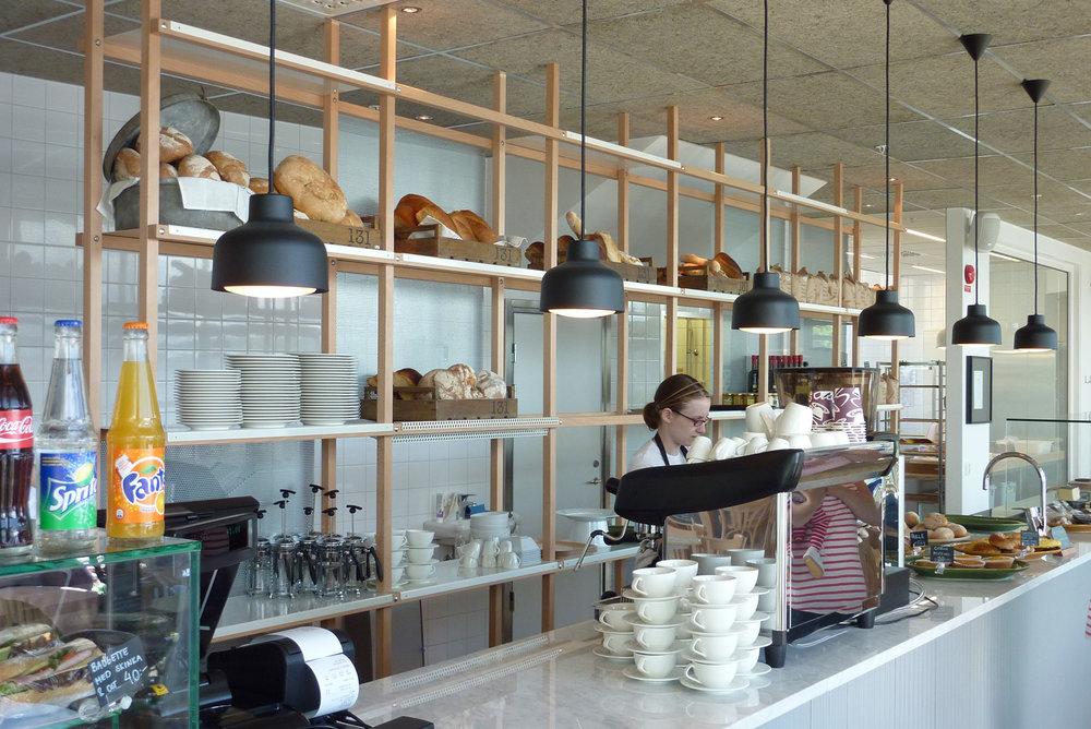 Lens - Armatur: Lens liten.Projekt: Café i Jönköping.