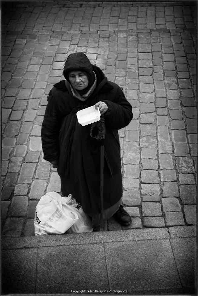 Gypsy Woman - Alms 01