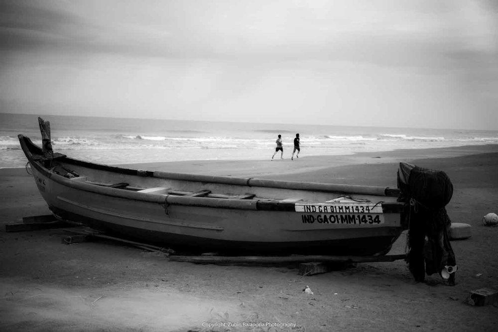 Goa Morjim Boat 05 Runners.jpg