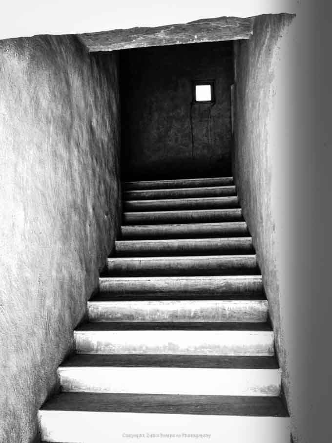 Raja Staircase bw 02.jpg