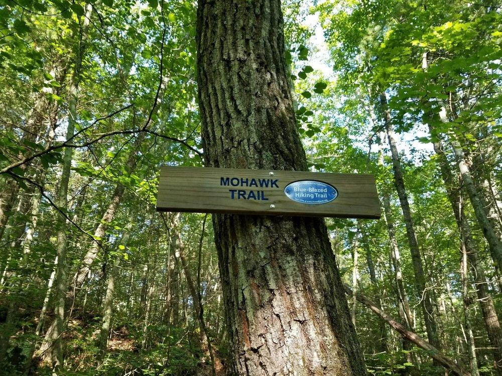 trail sign.jpg