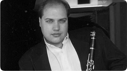 "vadim lando, clarinet   Praised by the New York Times for his ""consistently distinguished, vibrant and virtuosic playing"", clarinetist  Vadim Lando  has won top prizes in many international competitions including the Gold Medal at the National Festival of Music Competition in Canada. As soloist, he has performed with numerous orchestras in the U.S. and Canada. Mr. Lando's recitals and chamber music concerts include performances at virtually every major performing landmark in New York City, the Israel Philharmonic's Chamber Music Series at the Tel Aviv Museum of Art in Israel; the Summer Concert Festival in Martha's Vineyard; and on the Dame Myra Hess Memorial Concert Series in Chicago.  His concerts are often broadcast on radio stations such as WQXR New York, WFMT Chicago and National Public Radio.  Mr. Lando performs and records regularly as the principal clarinetist with the Jupiter Symphony Chamber Players.  Former faculty of the Rutgers University, Mr. Lando holds a Master of Music from Yale University and a Doctorate of Musical Arts from SUNY at Stony Brook, where he studied with the virtuoso clarinetist Charles Neidich.  Mr. Lando is the Co-Director of the Great Neck Music Conservatory in Great Neck, New York."
