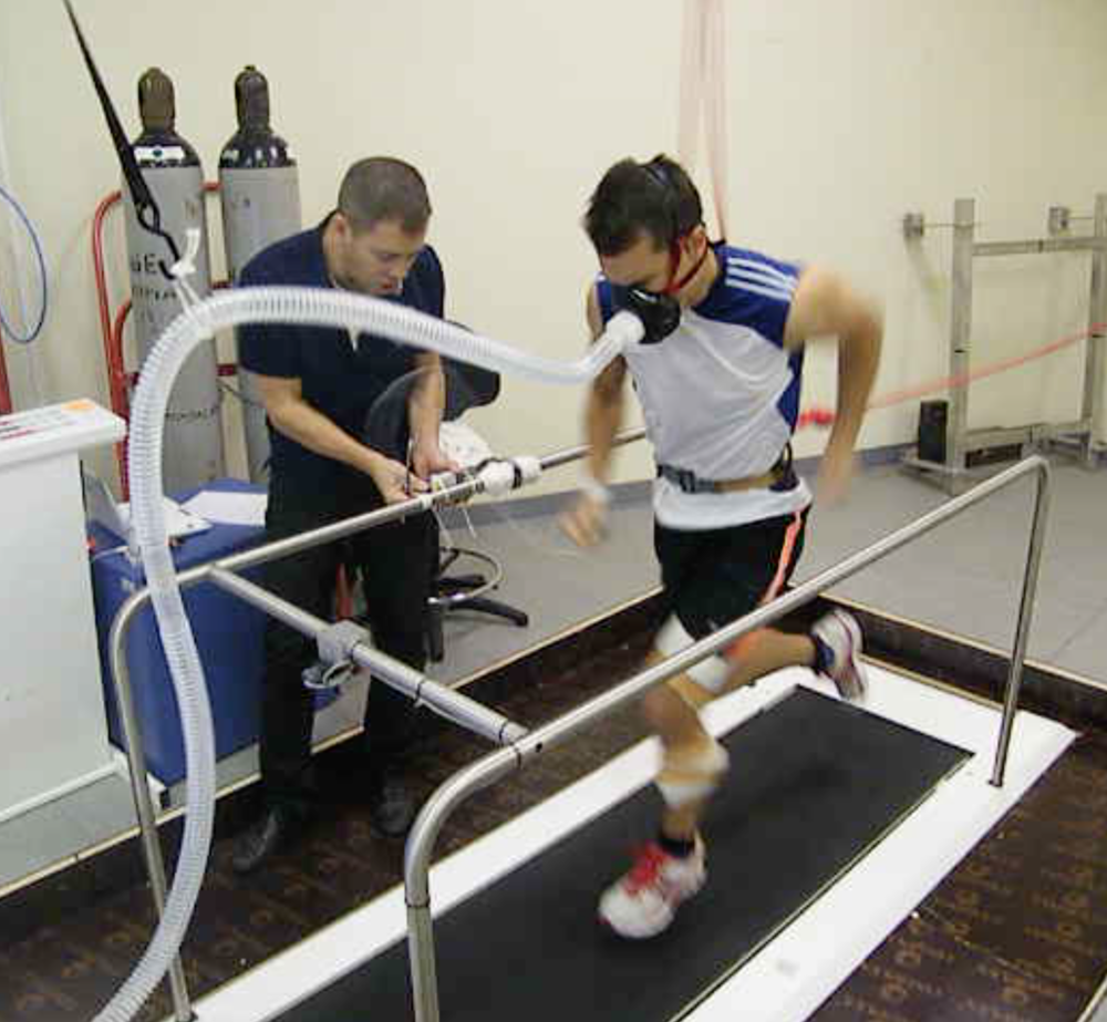 SPRINTING MECHANICS UNDER HYPOXIC CONDITIONS - Collaboration with Franck Brocherie, Grégoire Millet, Joong Hyun Ryu and Jean-Benoit Morin.