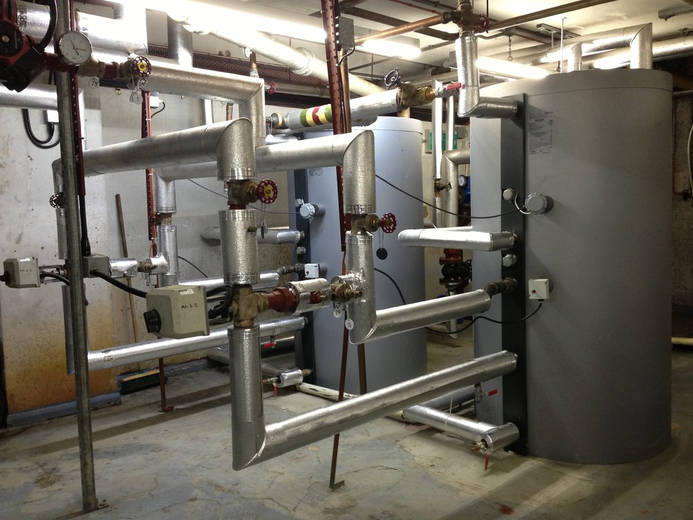 Replacement of two horizontal calorifiers with new Viessman vertical calorifers (3).JPG