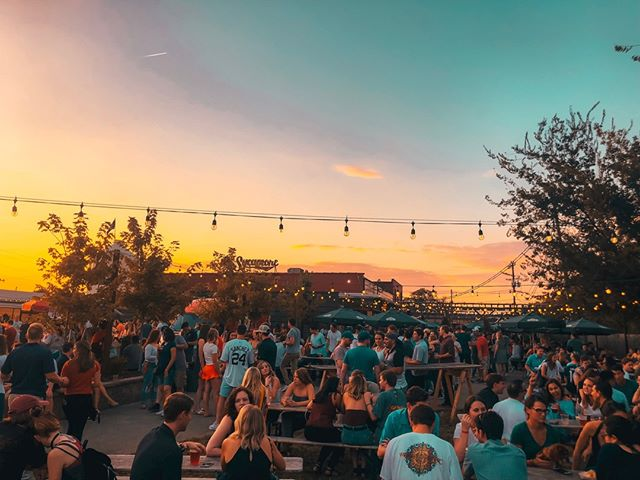 Perfect Beer Garden weather for Halloween at Sycamore🍻🎃👻Taproom opens at 4pm, with live music by @HuntersTravesty at 6pm! Dinner by @TheDumplingLadyCLT! @FTFSouthEnd kicks off this Friday at 5pm, with 8 of the city's best local food trucks, including 2 new dessert carts🍪🍦Live music all day Saturday, fresh seasonal craft beer and @WildBlossomCider on tap all weekend! And our first Brunch of November this Sunday🥓🌯@TinKitchen will be serving up deliciousness at 10am, with the last @FrontPorchSundays of 2018 going on next door! Mimosas, Beermosas, Cidermosas Galore🥂Great times at Sycamore ahead🍻