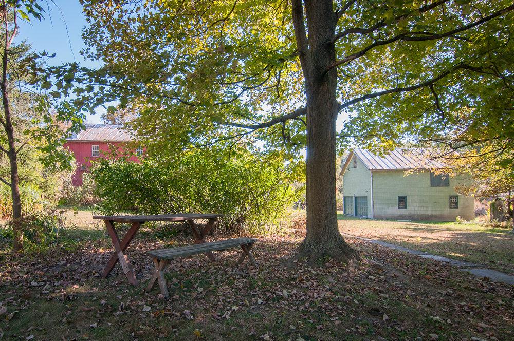 1077-RiverRd-Barrytown-NY_Barns.jpg