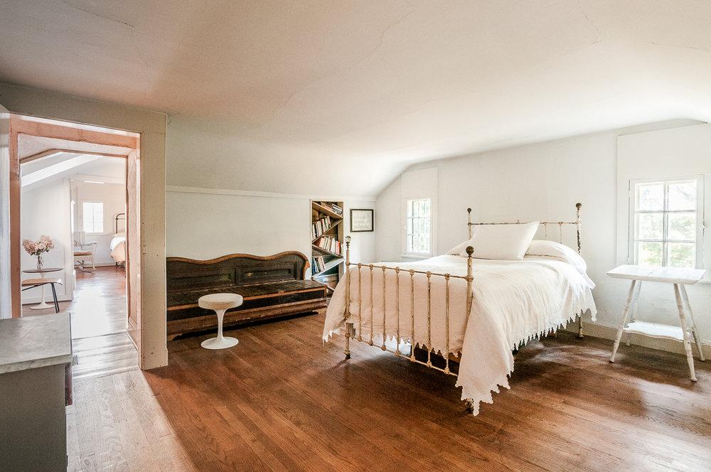 1077-RiverRd-Barrytown-NY_Maser-Bedroom.jpg