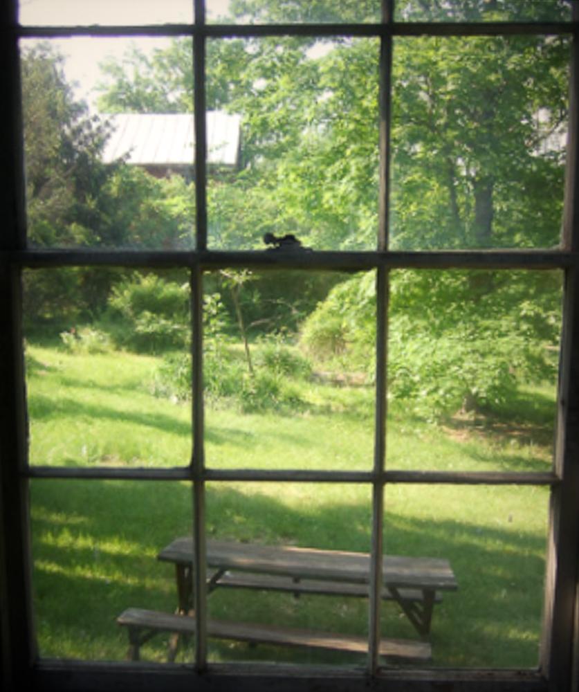 1077-RiverRd-Barrytown-NY_Window-Barn.jpg