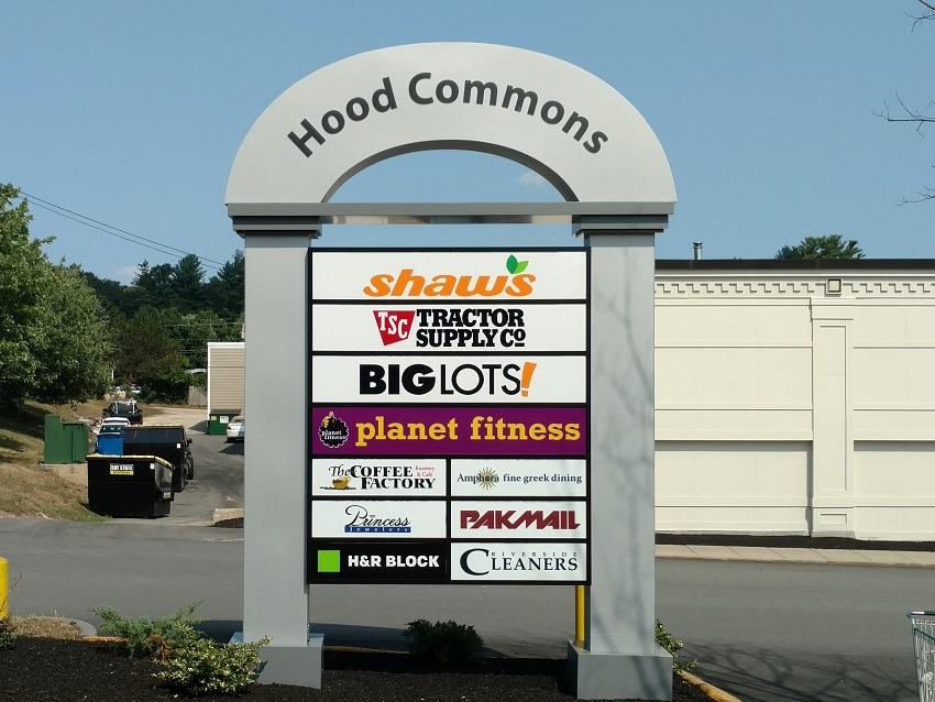 "<a href=""hood-commons"">Hood Commons<br><b>Gladstone, MO</b></a>"
