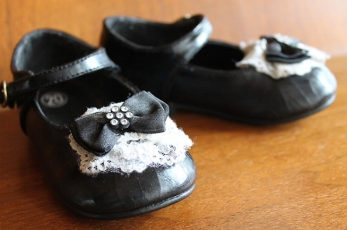 USED - childrens-shoes-1294728_640.jpg