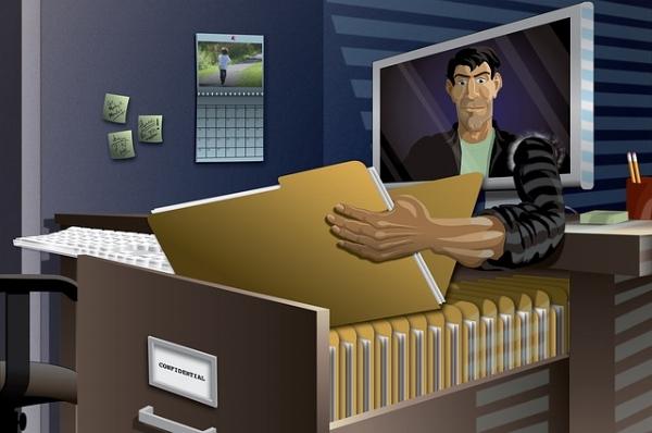 identity-theft-2708855_640.jpg
