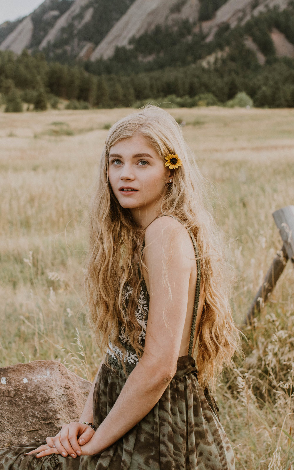 Makenna Haley by Haley Ivers | Mountain Outdoor Grad Photoshoot