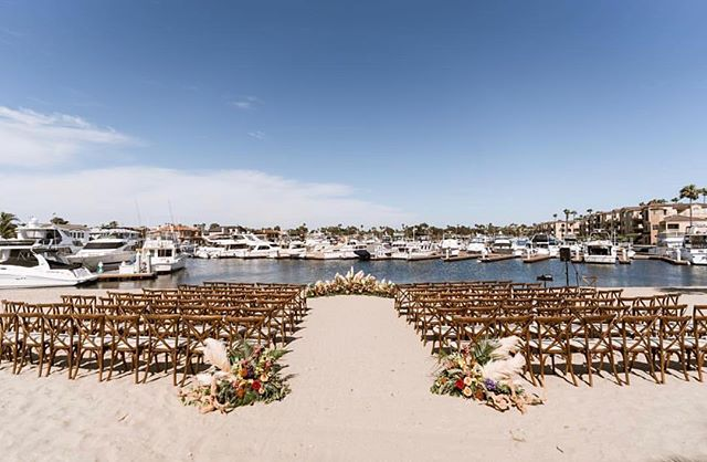 Dreaming of the shoot we did at Huntington Bay Club a couple months ago. Absolutely adore their space 💕  Repost by @huntingtonbayclub . . . . .  #huntingtonbeach #outdoors #huntingtonbayclub #outdoorwedding #weddingdress #bride #bridetobe #weddingcake #weddingvenue #flower #floral #socalwedding #californiaweddings #weddingdressshopping #bridaldress #weddingplanning #OC #LA #weddingplanner #orangecountywedding #instadaily #theknot #instagood#eventplanner #weddingplanner #bridalshop #weddingdressstore #bridalsalon #fashion #hair